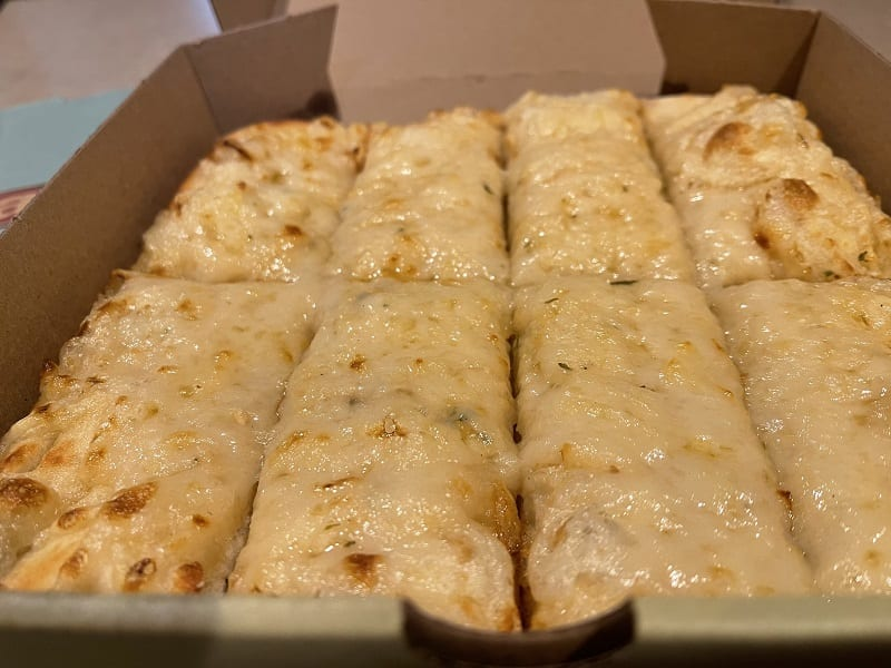 Panago's Plant-Based Pizza And Cheezy Bread Review